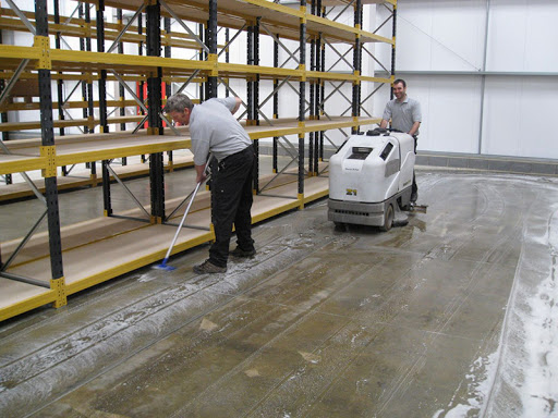 WAREHOUSE CLEANER 2021