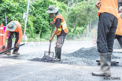 ROAD WORKERS 15
